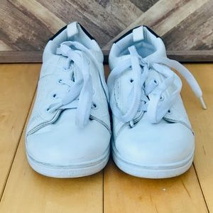 YOUTH SIZE 13 WHITE SNEAKERS